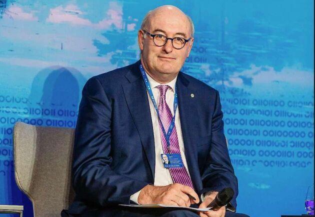 – Det handlar om den politiska viljan hos Rådet och EU-parlamentet, säger Jordbrukskommissionär Phil Hogan till ATL på frågan om tidsplanens realism med att lägga hela ansvaret på medlemsländerna och EU-parlamentet.