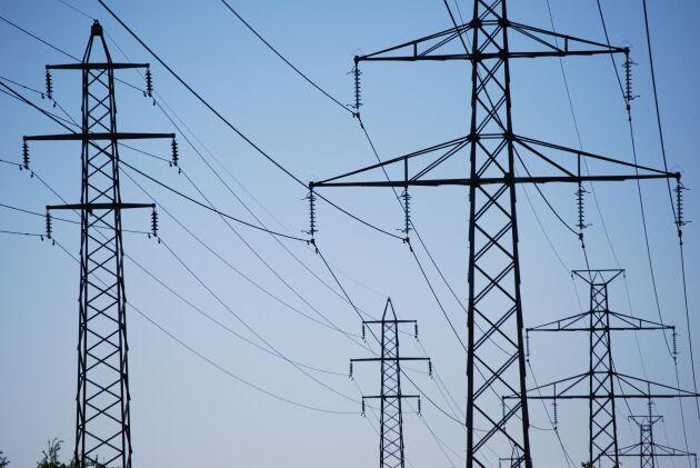 Elbolaget Storuman energi svarar på kritiken om bristande affärsmetoder.