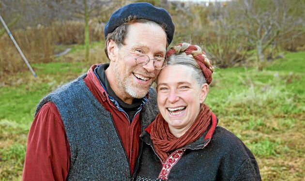 Paret Marie och Gustav Mandelmann driver Mandelmanns trädgårdar – och är bra inte bara på odling.