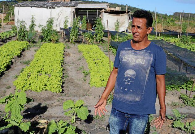"""""""Erbjudandet om att köpa mark av Veracel är en fälla, säger Eliseu de Assis Silva, i ordförande i bosättningen Alto Paraiso."""