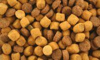 Distriktsveterinärerna får kritik för foderförsäljning