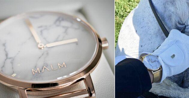 De stilrena klockorna har blivit populära accessoarer i dressyrsporten.