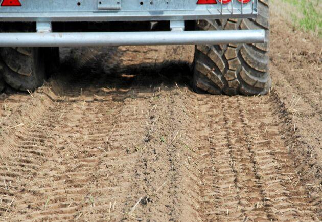 Här körs det nya VF-däcket till höger om spåret efter IF-däcket.