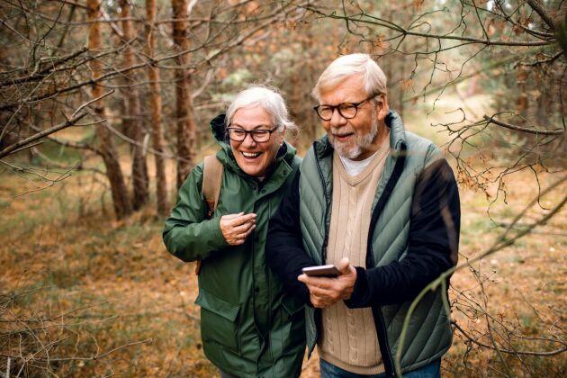 Om du är fysisk aktiv, gärna tillsammans med andra, så minskar din risk för demens.