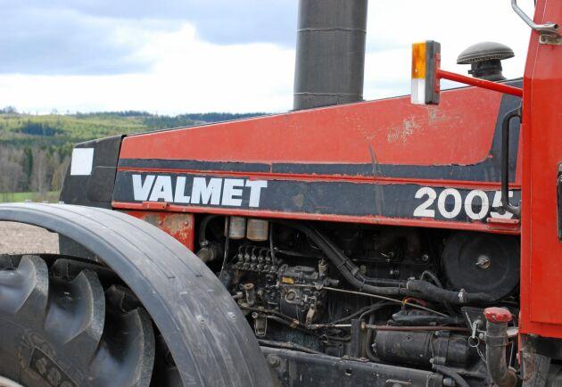 Motorn i Valmet 2005 är densamma som finns i Volvo BM 2654. Volvo TD60B med effekten 140 hästkrafter.