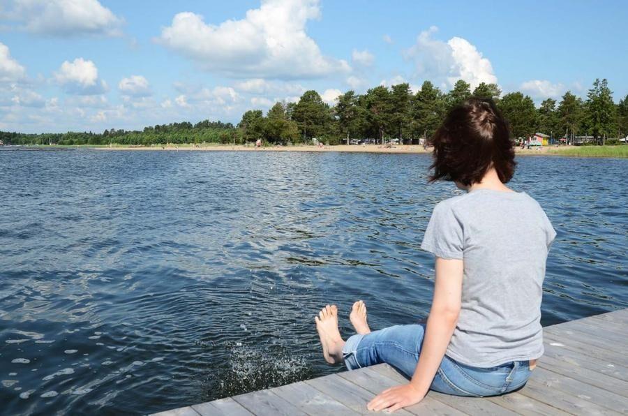 Land.se listar 9 svenska fraser som man bara hör under sommaren.