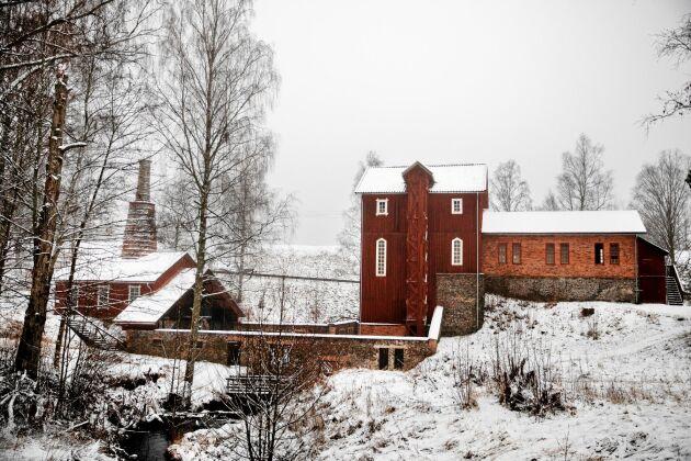 Den gamla hyttan från 1600-talet där Roberts anfäder ägde andelar som bergsmän, är väl bevarad.