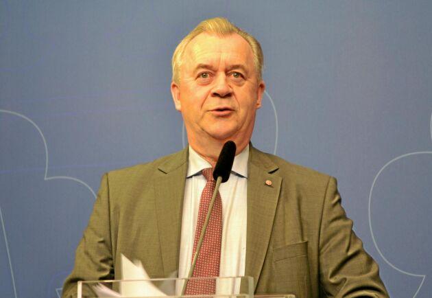 """""""Arbetet med strategin har handlat om en mycket bred samverkan med myndigheter, lärosäten, företag, bransch- och intresseorganisationer, sa Sven-Erik Bucht (S)."""