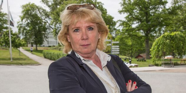 Lena Ek kräver samling kring viltutfodring