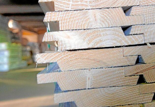 Sett över tid har antalet sågverk i Sverige blivit färre och större. Men det betyder inte att lönsamheten blivit bättre.