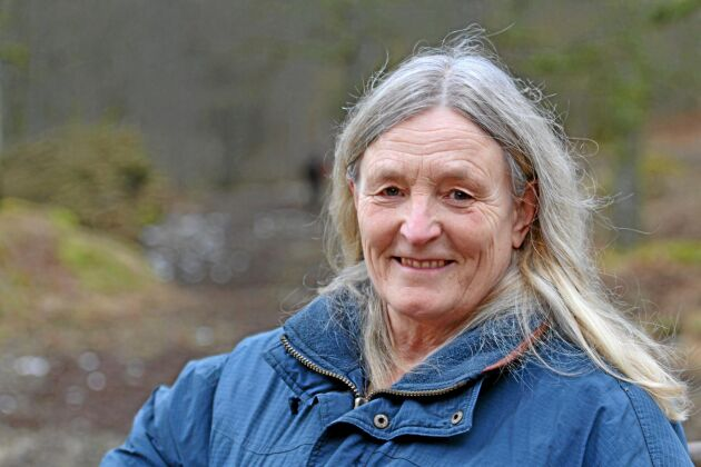 Hästrådgivaren Margareta Bendroth konstaterar att dålig arbetsmiljö i stallen ofta beror på låg mekaniseringsgrad och ligger långt efter lantbruket.