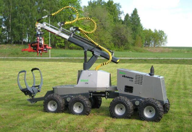 eBeavern visades första gången på Elmia 2009, då utrustad som bioenergiskördare som på bilden.