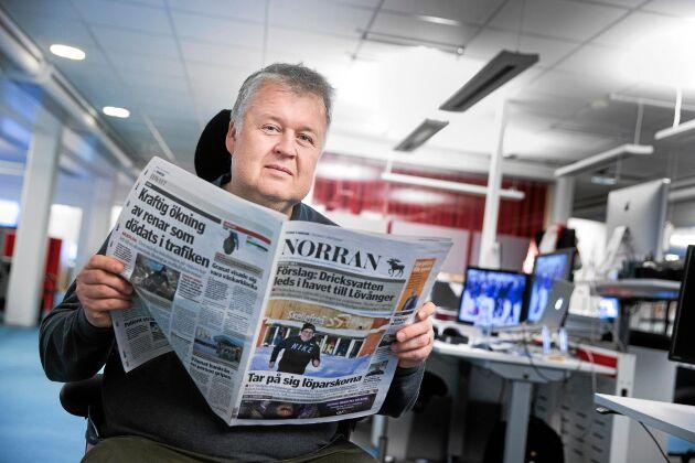 """""""Stärkt ego"""". Senior reporter Lars Andersson har granskat Northvolt för lokaltidningen Norran och tror att projektet betytt mycket för Skellefteå, även om det inte skulle bli av. """"Det har stärkt vårt ego och fått oss att samlas mot ett mål"""", säger han."""