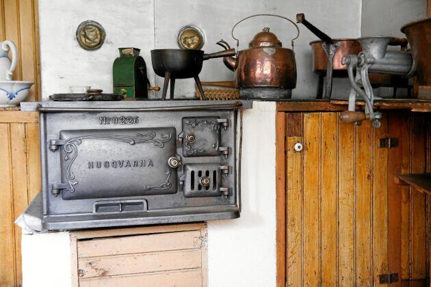 Klassiska vedspisar är utmärkta för både uppvärmning och matlagning.
