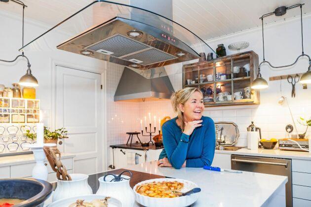 Ewa Sköld fick en nystart i Solumnshamn, nära barndomens Härnösand.
