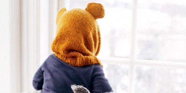 Sticka en söt björnmössa med öron