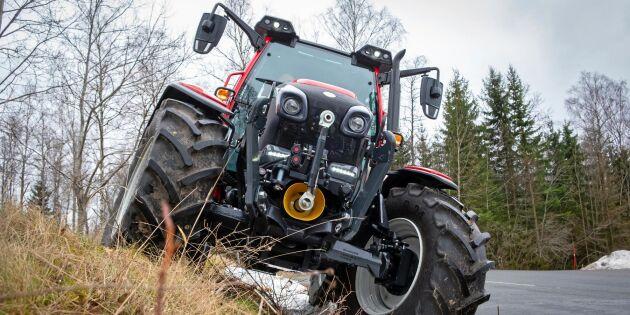 Traktorn som svänger på en femöring