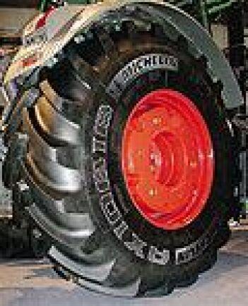 New Holland T7000 visar upp sig | ATL