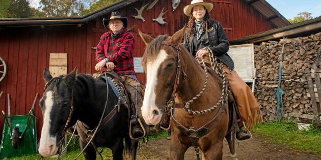 Följ med! Leif och Ingela lär ut äkta rancharbete från hästryggen