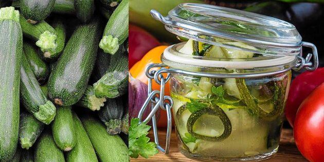 Så enkelt gör du inlagd zucchini med chili och timjan