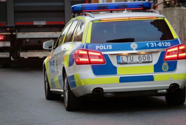Flera lastbilar åkte dit vid polisens insats under måndagen. Arkivbild.