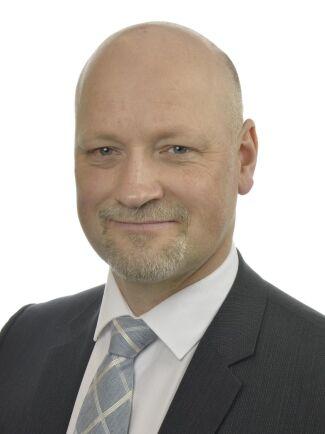 Daniel Bäckström, Centerns talesperson i försvarsfrågor.
