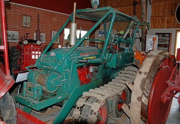 Från början var Bamse lackad i grönt. Den här maskinen stod vid fototillfället parkerad i Odalmannens museums lokaler i Linköping.