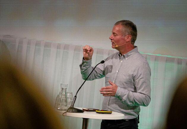 Miljöexperten Johan Kuylenstierna höll ett föredrag för riksförbundsstämman på onsdagen, men han var tydlig med att han inte sitter inne på lösningarna.