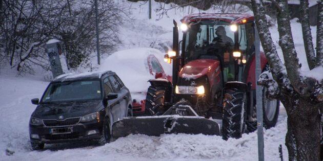 Snön knäcker ekonomin i över 100 kommuner