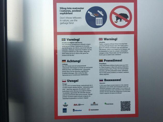 Med start sommaren 2018 har Trafikverket börjat sätta upp informationsskyltar på svenska rastplatser med syfte att minska risken för afrikansk svinpest. Skyltarna är på flera språk, däribland flera östeuropeiska.