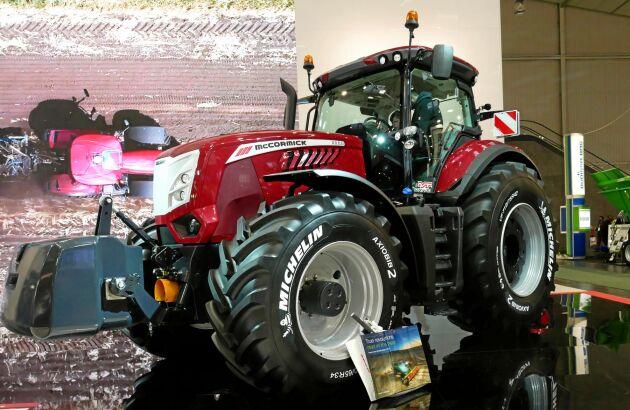 McCormick lanserade sin X8-serie på Agritechnica 2015. I januari i år testade vi traktorn i fält (se länk nedan).