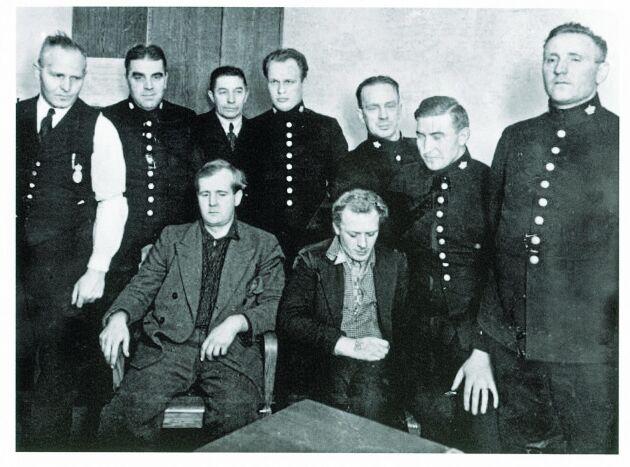 I många år hade Bildsköne Bengtsson och Tatuerade Johansson gäckat polisen. 1934 greps de av Göteborgspolisen.