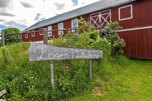 Logen i Lövberg fick kommunen pris för företag som har gjort något extra bra för landsbygden.