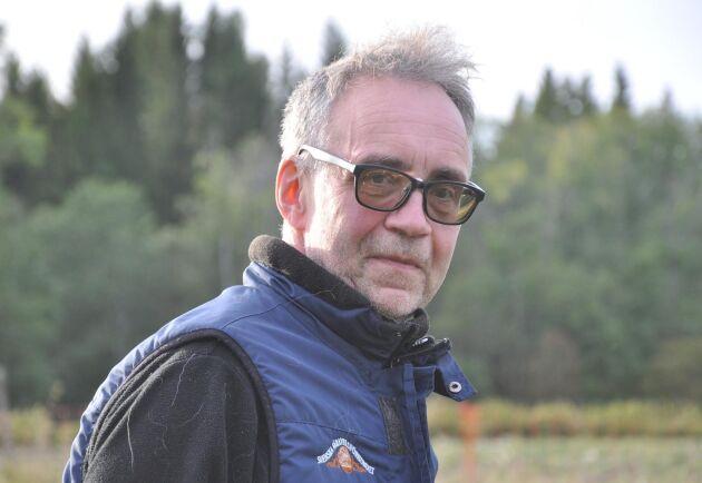 """Ulf Ekholm är talesperson i rovdjursfrågor hos Svenska fåravelsförbundet. """"Under de åren som jag har levt med problemet har det i sak inte förändrats någonting. Oavsett partifärg på regering"""", säger han."""