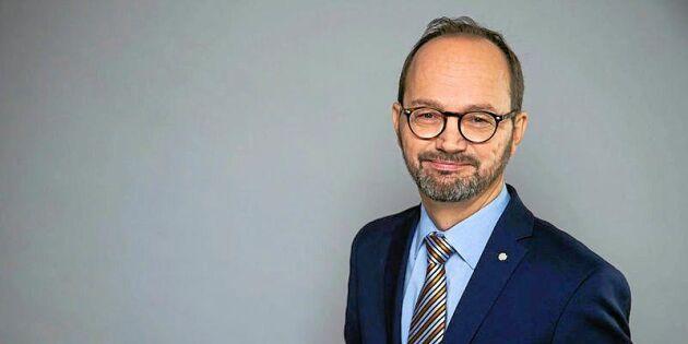Minister anklagas för oriktiga uppgifter