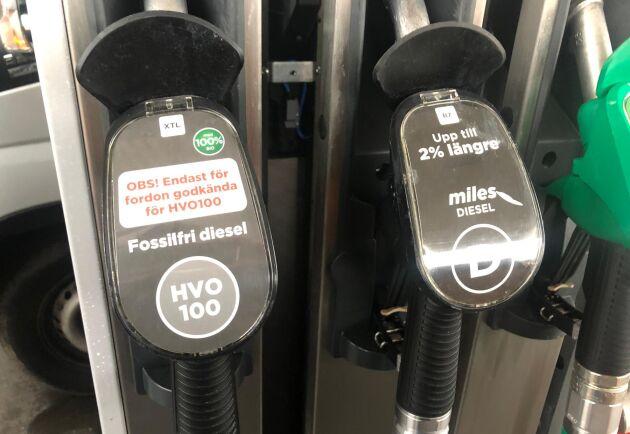 Priset på HVO-100 kan landa på 27 kronor per liter om de nya EU-reglerna går igenom. Arkivbild.