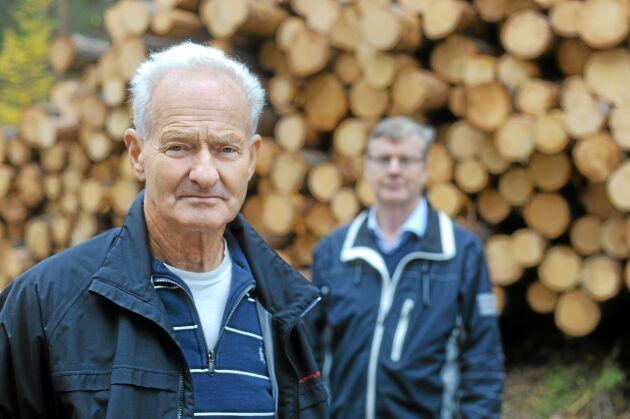Skogsägarna Lars Göran Mårtensson och Per-Olof Löfgren. Foto: Anna Åkerlind