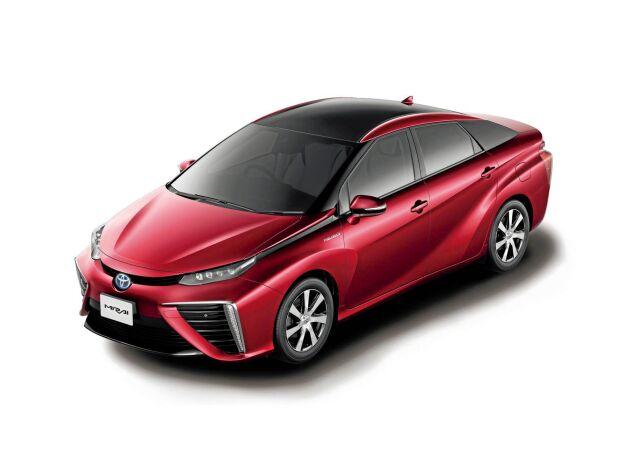 Toyotas bränslecellsbil Mirai fick stor uppmärksamhet när den lanserades på utvalda marknader. Bilen drivs helt på vätgas och har en räckvidd på 40-50 mil per tank. Prisbilden kan dock avskräcka. Upplägget bygger på en leasingkostnad som uppgår till 10 000 kronor i månaden.