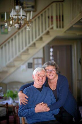 Tur att vi har varandra, säger Eva och Olle som tillsammans har klarat sig igenom den svåra tiden efter olyckan.
