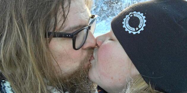 Glesbygdstindraren skippade dejtingapparna – fann kärleken direkt!