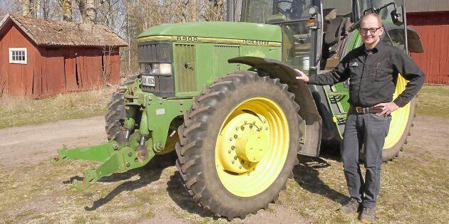 Slutkört för traktorn som skördat 110000 ton potatis