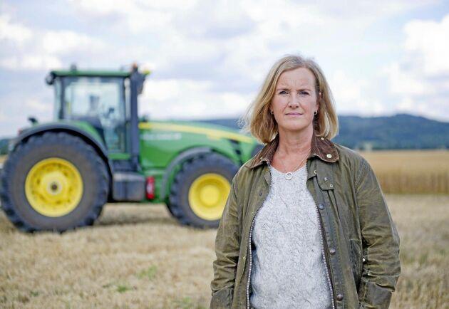 ATL:s krönikör Annika Bergman tycker att Sverige förlitar sig alldeles för mycket på hjälp utifrån.