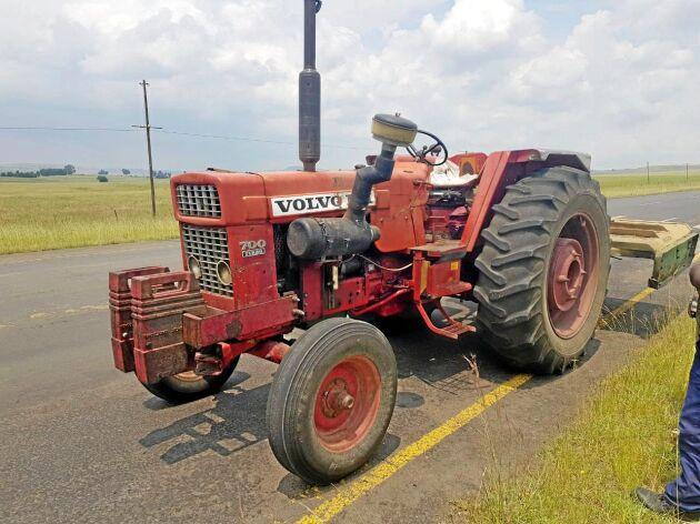 Braam Oosthuizen har barndomsminnen från sin far och farfars gård där man hade Volvo BM 700 och 650. I dag används de fortfarande på gården i Sydafrika.