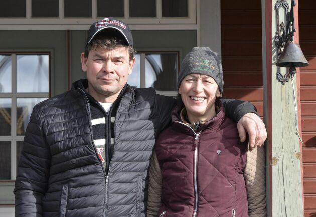 Claes och Katarina Eningsjö på Rotbrunna gård.