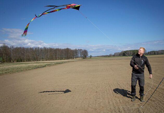 Den färgglada draken är effektiv i kombination med jakt, berättar Göran Frisk.