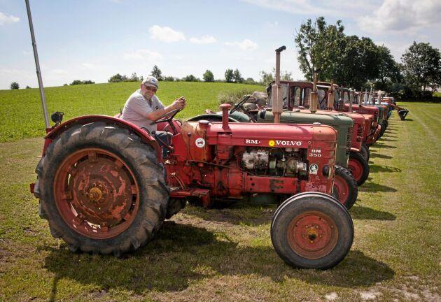 """Per-Ove Persson har mest goda traktorminnen. """"Men jag har slagit runt ett par gånger också."""""""