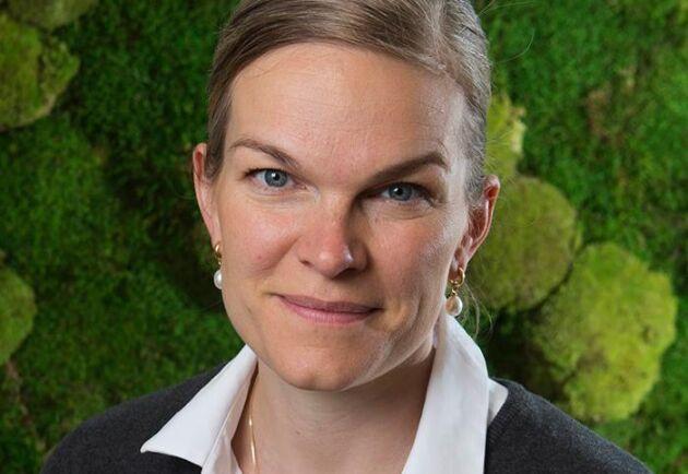 Plantor värda stora summor kommer att förstöras om inte utländsk arbetskraft släpps in i Sverige, menar Skogsentreprenörernas vd Anna Furness.
