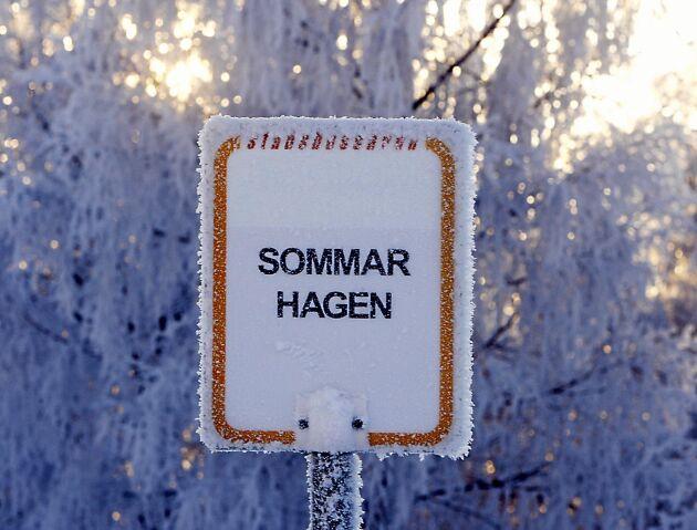 Den här årstiden stämmer inte namnet på skylten.
