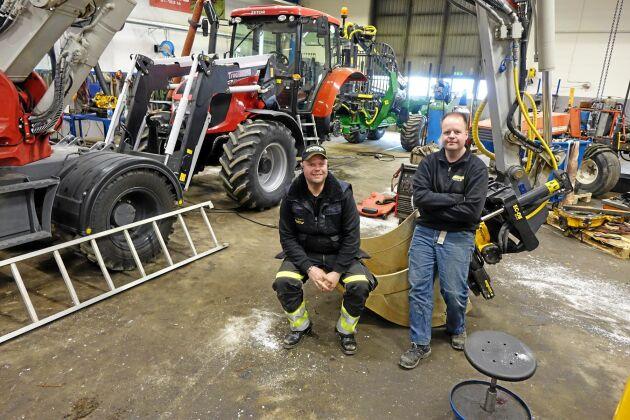 Andreas och Jonas Johansson kan laga det mesta på sin verkstad.