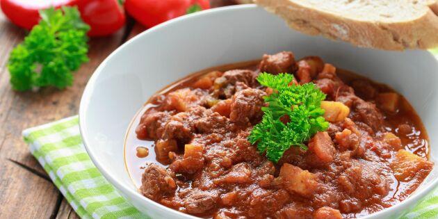 Ungersk gulasch med köttfärs – härligt värmande